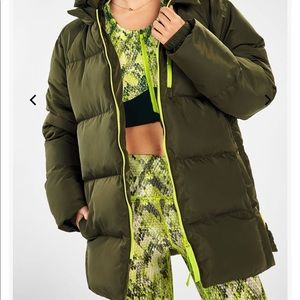 Fabletics army green puffer winter jacket size M